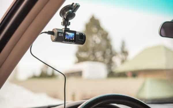 Vantrue-N2-Pro-Dash-Cam-fixation